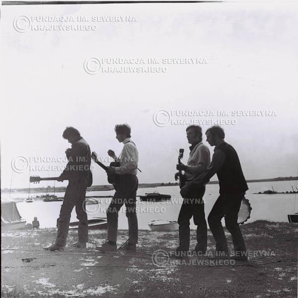 # 1001 - 1969r. Zalew Zegrzyński, od lewej: Krzysztof Klenczon, Seweryn Krajewski, Bernard Dornowski, Jerzy Skrzypczyk.