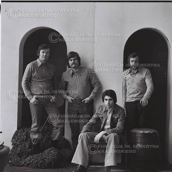 # 1076 - 1975r. od lewej: Bernard Dornowski, Ryszard Kaczmarek, Seweryn Krajewski, Jerzy Skrzypczyk