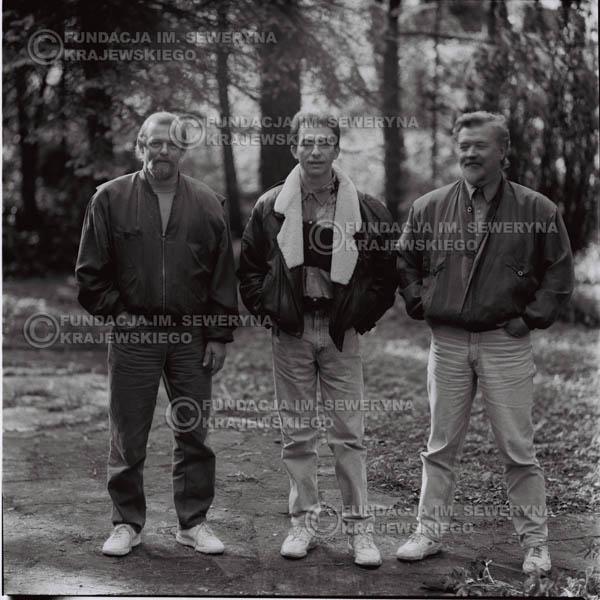 # 1089 - Czerwone Gitary w składzie: Seweryn Krajewski, Jerzy Skrzypczyk, Bernard Dornowski. 1991r. sesja zdjęciowa w Michalinie.