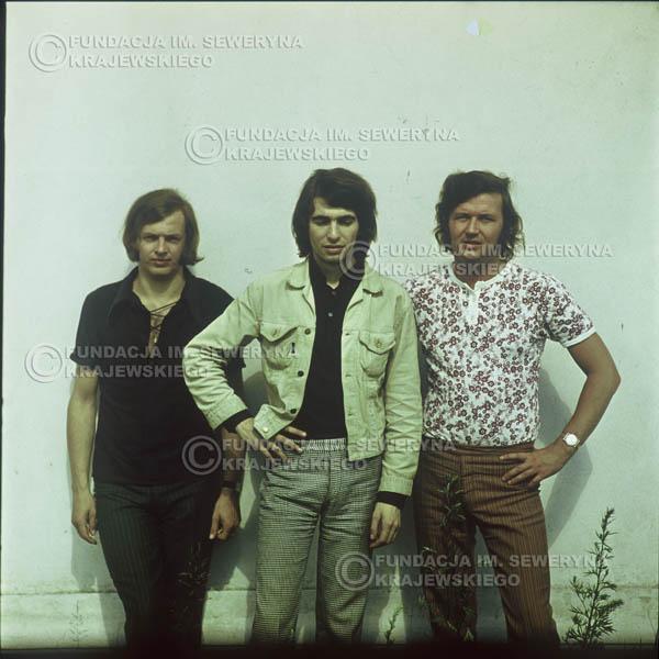 # 1107 - Czerwone Gitary 1970r. Jerzy Skrzypczyk, Seweryn Krajewski, Bernard Dornowski.