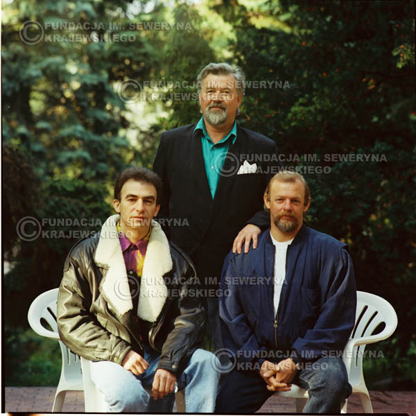 # 1148 - 1991r. sesja zdjęciowa w Michalinie, come back Czerwonych Gitar w składzie: Seweryn Krajewski, Bernard Dornowski, Jerzy Skrzypczyk
