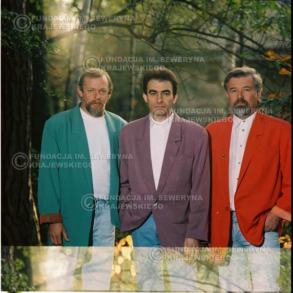 # 1157 - 1991r. sesja zdjęciowa w Michalinie, come back Czerwonych Gitar w składzie: Seweryn Krajewski, Bernard Dornowski, Jerzy Skrzypczyk