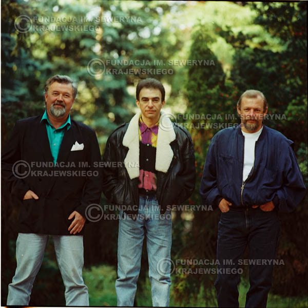 # 1163 - 1991r. sesja zdjęciowa w Michalinie, come back Czerwonych Gitar w składzie: Seweryn Krajewski, Bernard Dornowski, Jerzy Skrzypczyk
