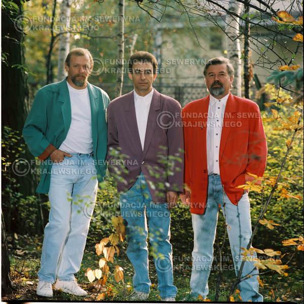 # 1170 - 1991r. sesja zdjęciowa w Michalinie, come back Czerwonych Gitar w składzie: Seweryn Krajewski, Jerzy Skrzypczyk, Bernard Dornowski.