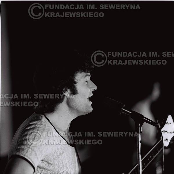 # 1252 - 1973r. Bernard Dornowski - koncert Czerwonych Gitar w Teatrze Polskim we Wrocławiu.