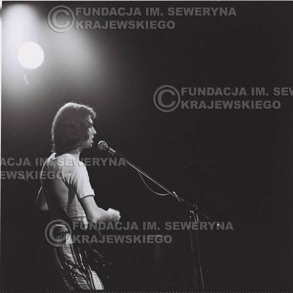 # 1445 - 1973r. koncert Czerwonych Gitar w Poznaniu w składzie: Bernard Dornowski, Seweryn Krajewski, Jerzy Skrzypczyk.