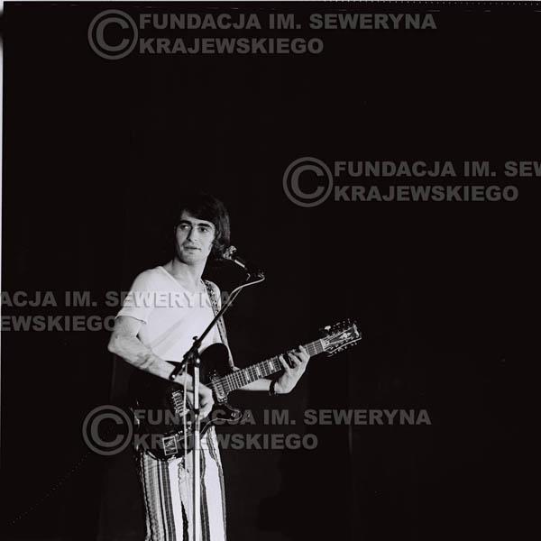 # 1446 - 1973r. koncert Czerwonych Gitar w Poznaniu w składzie: Bernard Dornowski, Seweryn Krajewski, Jerzy Skrzypczyk.