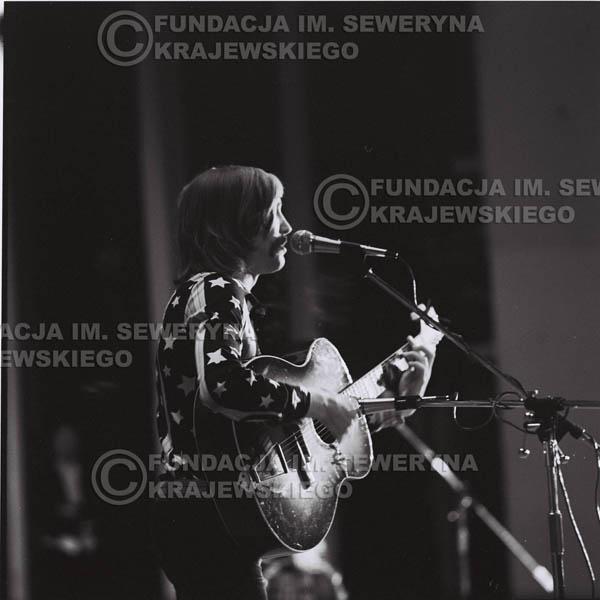 # 1453 - 1973r Poznań, Andrzej Rybiński z zespołu 'Andrzej I Eliza'