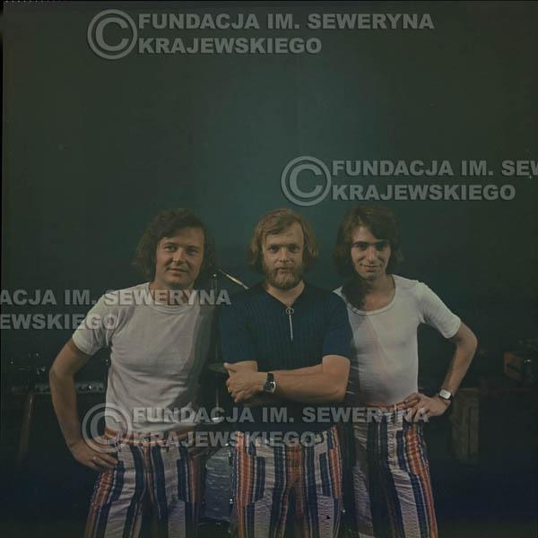 # 1516 - 1973r Koncert w Poznaniu Czerwone Gitary w składzie: Bernard Dornowski, Jerzy Skrzypczyk, Seweryn Krajewski.