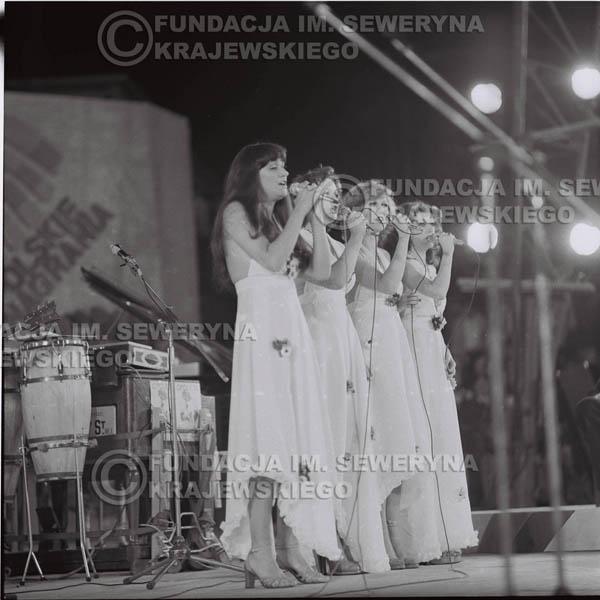 # 1593 - Zespół Pro Contra, 1976r. Krajowy Festiwal Piosenki Polskiej w Opolu.