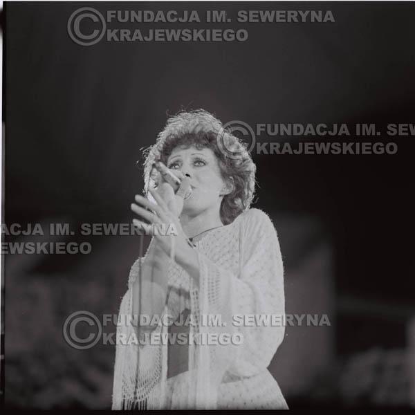 # 1595 - Alicja Majewska, 1976r. Krajowy Festiwal Piosenki Polskiej w Opolu.