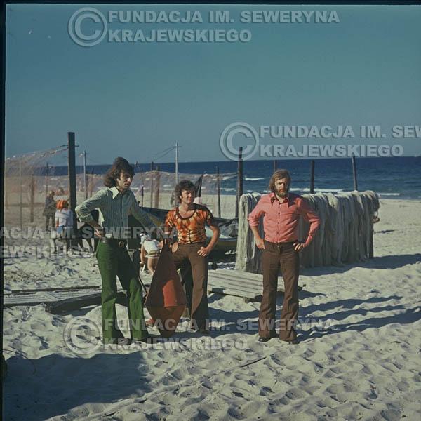 # 1636 - 1973r. plaża w Sopocie: Seweryn Krajewski, Bernard Dornowski, Jerzy Skrzypczyk