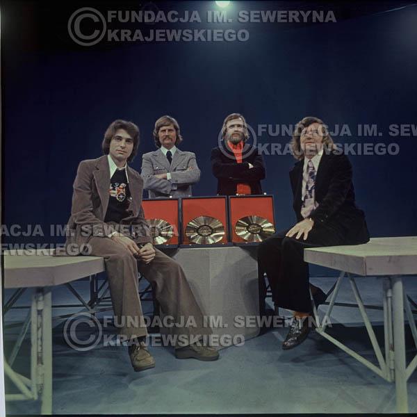 # 1638 - Studio TV Katowice, Złota Płyta za Longplay 'Spokój Serca' Seweryn Krajewski, Ryszard Kaczmarek, Jerzy Skrzypczyk, Bernard Dornowski
