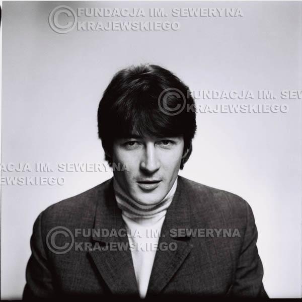 # 174 - 1967r. Krzysztof Klenczon sesja zdjęciowa do płyty pt: 'Czerwone Gitary 3'
