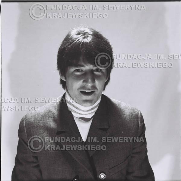 # 182 - 1967r. Krzysztof Klenczon sesja zdjęciowa do płyty pt: 'Czerwone Gitary 3'