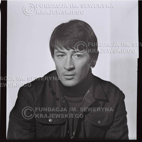 # 187 - 1967r. Krzysztof Klenczon sesja zdjęciowa do płyty pt: 'Czerwone Gitary 3'