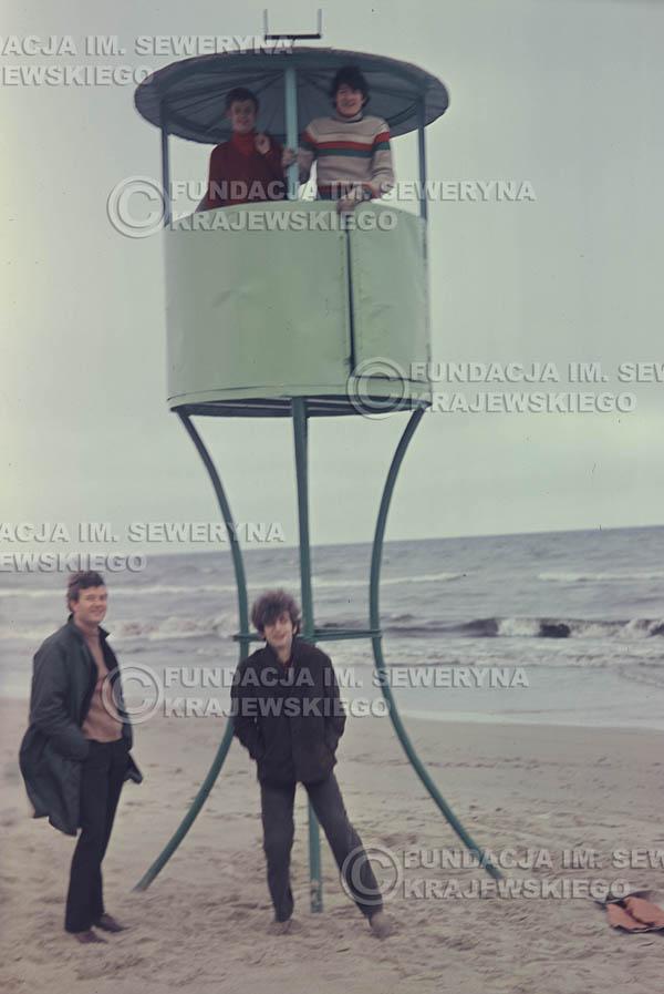 # 298 - Czerwone Gitary 1967r. sesja do płyty pt: 'Czerwone Gitary 3' plaża w Sopocie