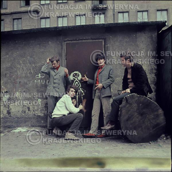 # 338 - Czerwone Gitary, Łódź, sesja do płyty pt: 'Czerwone Gitary 3' 1967r