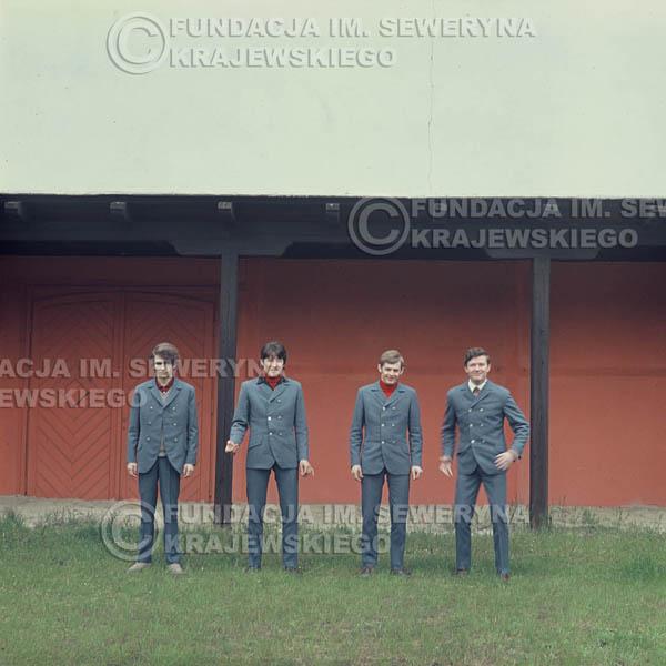 # 351 - Łódź, Czerwone Gitary, sesja zdjęciowa do płyty pt: 'Czerwone Gitary 3' 1967r