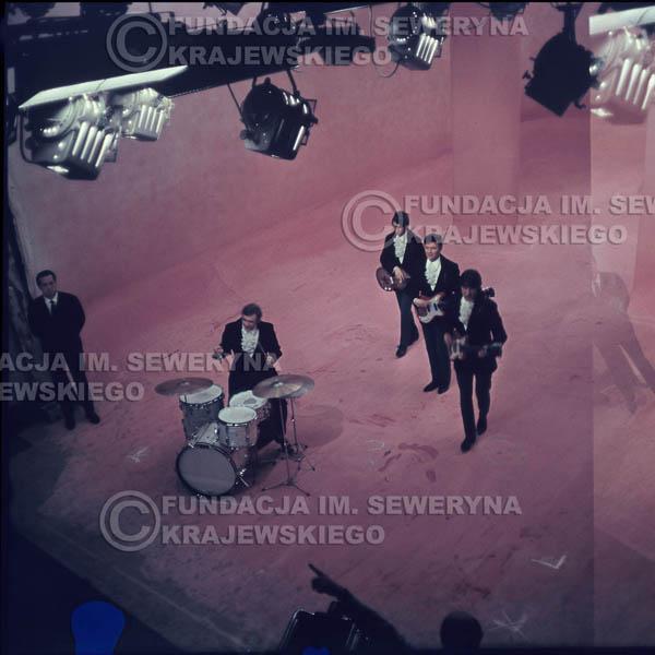 # 354 - Czerwone Gitary 1967r, telewizja w Warszawie, promocja trzeciej płyty