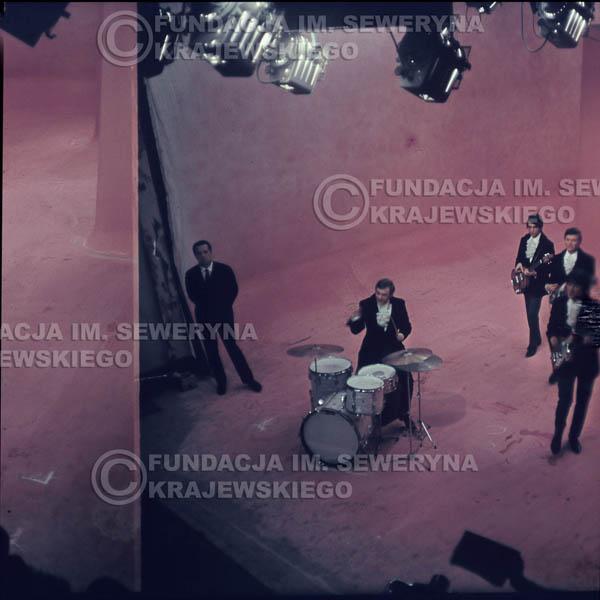 # 356 - Czerwone Gitary 1967r, telewizja w Warszawie, promocja trzeciej płyty