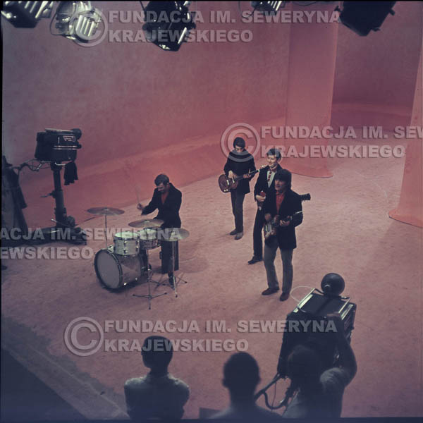 # 358 - Czerwone Gitary 1967r, telewizja w Warszawie, promocja trzeciej płyty