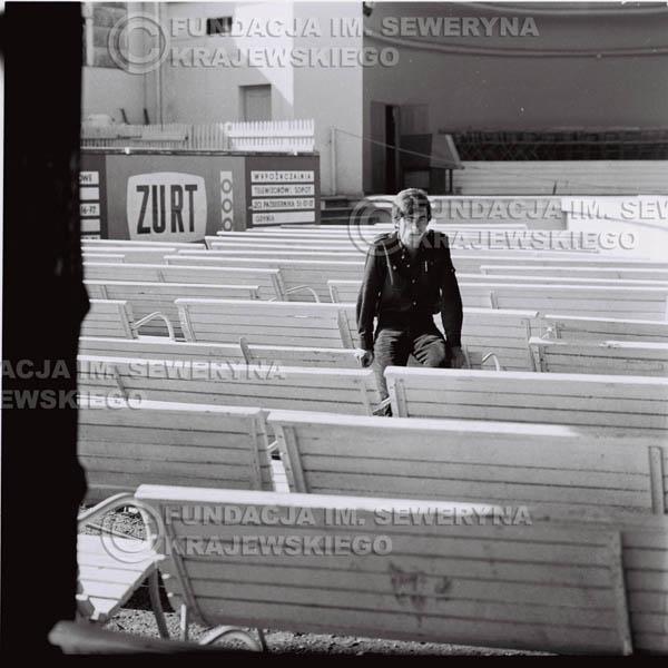 # 400 - Seweryn Krajewski, 1967r. sesja w Sopocie (zdjęcia dla fanów do autografów)