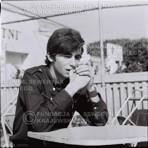 # 409 - Seweryn Krajewski, 1967r. sesja w Sopocie (zdjęcia dla fanów do autografów)