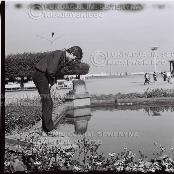 # 413 - Seweryn Krajewski, 1967r. sesja w Sopocie (zdjęcia dla fanów do autografów)