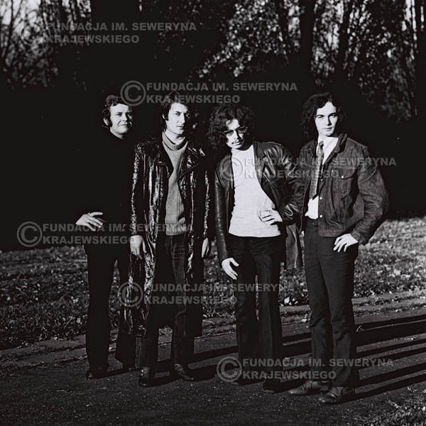 # 491 - 'Trzy Korony' 1970r. W składzie: od lewej: Ryszard Klenczon , Krzysztof Klenczon, Grzegorz Andrian i Piotr Stajkowski