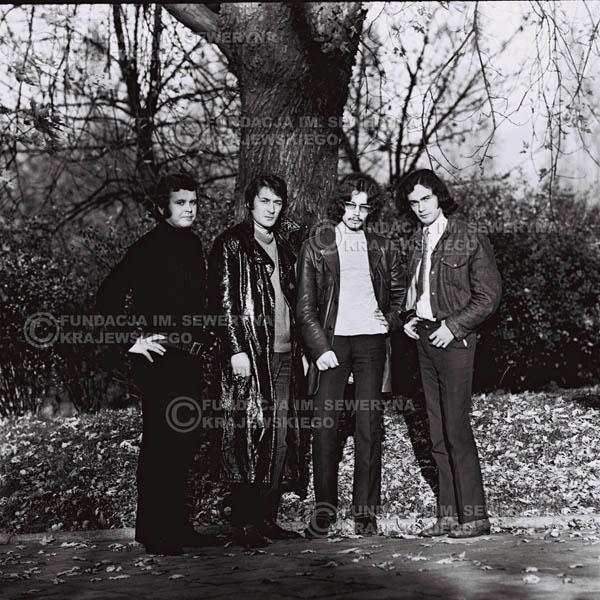# 496 - 'Trzy Korony' 1970r. W składzie: od lewej: Ryszard Klenczon , Krzysztof Klenczon, Grzegorz Andrian i Piotr Stajkowski