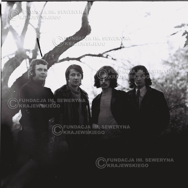 # 499 - 'Trzy Korony' 1970r. W składzie: od lewej: Ryszard Klenczon , Krzysztof Klenczon, Grzegorz Andrian i Piotr Stajkowski