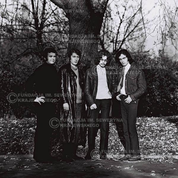 # 502 - 'Trzy Korony' 1970r. W składzie: od lewej: Ryszard Klenczon , Krzysztof Klenczon, Grzegorz Andrian i Piotr Stajkowski