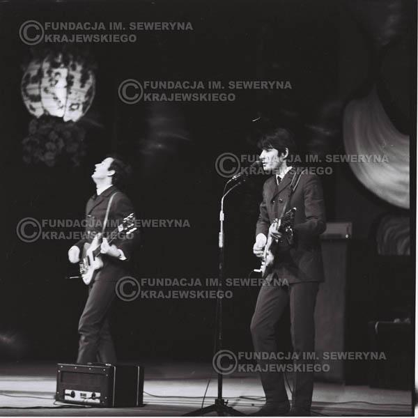# 523 - 1968r. kwiecień,  Musicorama (powstała z inicjatywy Franciszka Walickiego) Sala Kongresowa w Pałacu Kultury i Nauki w Warszawie. Od lewej: Bernard Dornowski, Krzysztof Klenczon
