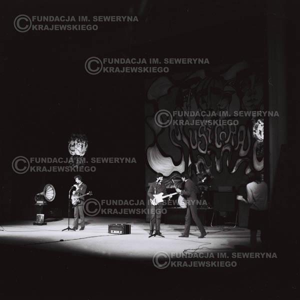 # 529 - 1968r kwiecień,  Musicorama (powstała z inicjatywy Franciszka Walickiego) Sala Kongresowa w Pałacu Kultury i Nauki w Warszawie - Czerwone Gitary.