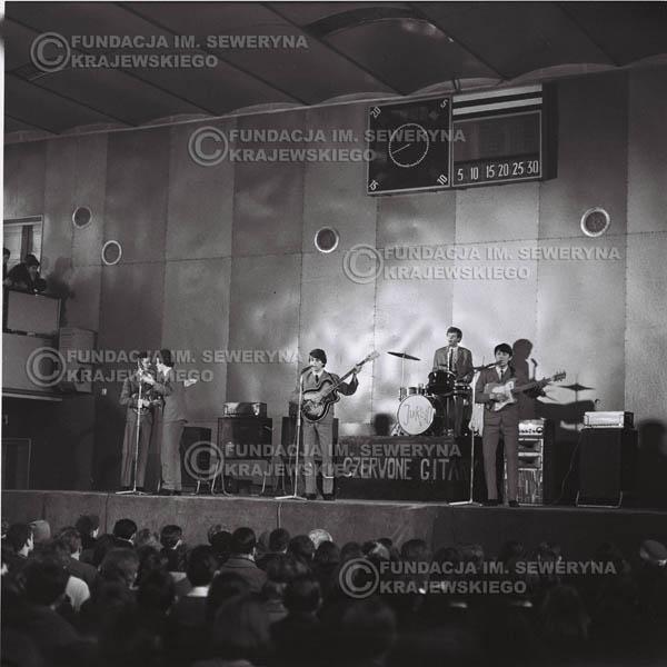 # 619 - Hala Stoczni Gdańskiej, 1966r.