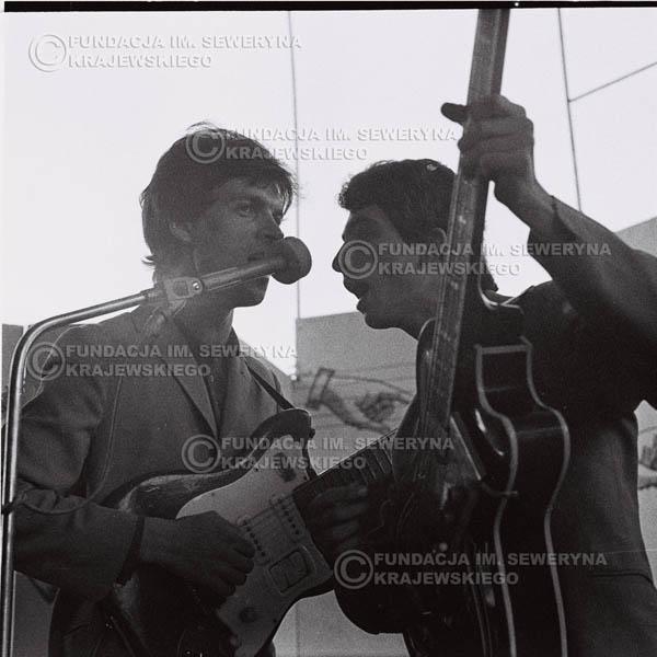 # 637 - 1966r, Nonstop. Koncert Czerwone Gitary. Jerzy Kosela, Seweryn Krajewski.