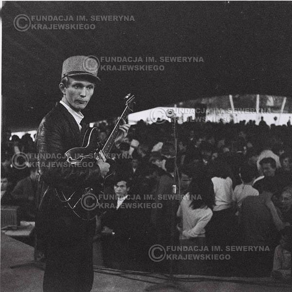 # 639 - 1966r. Nonstop, wieczorek taneczny.