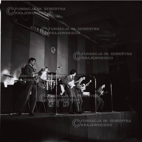 # 680 - 1966r. Hala Stoczni Gdańskiej