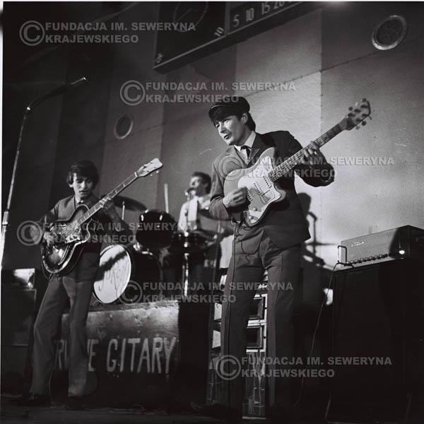 # 683 - 1966r. Hala Stoczni Gdańskiej