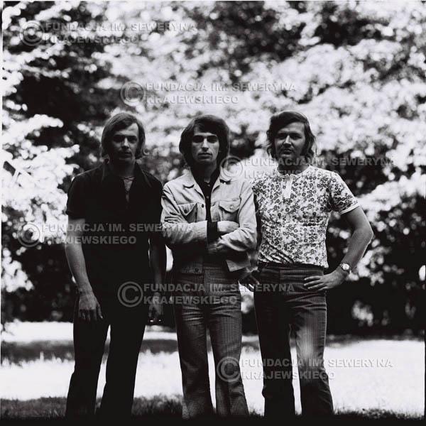 # 694 - 1970r. Czerwone Gitary w składzie: Seweryn Krajewski, Bernard Dornowski, Jerzy Skrzypczyk.