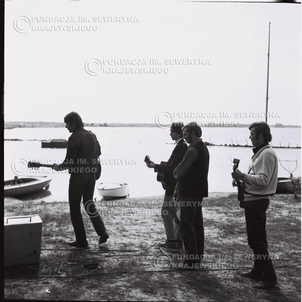 # 727 - Zalew Zegrzyński, kręcenie teledysku do piosenki Krzysztofa Klenczona 'Wróćmy nad jeziora'