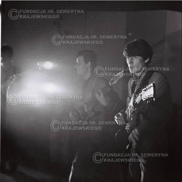 # 748 - 1966r. hala Stoczni Gdańskiej