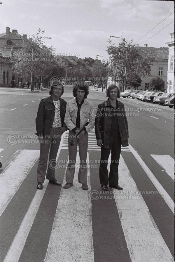 # 762 - 1970r. Warszawa, Czerwone Gitary w składzie: Seweryn Krajewski, Bernard Dornowski, Jerzy Skrzypczyk