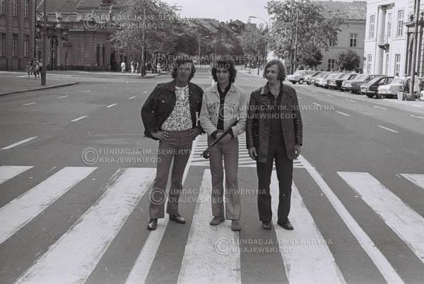# 813 - 1970r. Warszawa, Czerwone Gitary w składzie: Seweryn Krajewski, Bernard Dornowski, Jerzy Skrzypczyk