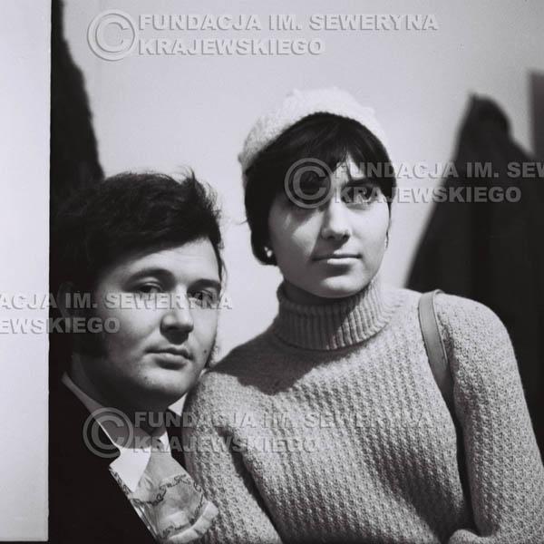 # 89 - Bernard Dornowski z narzeczoną Heleną, 1968r.