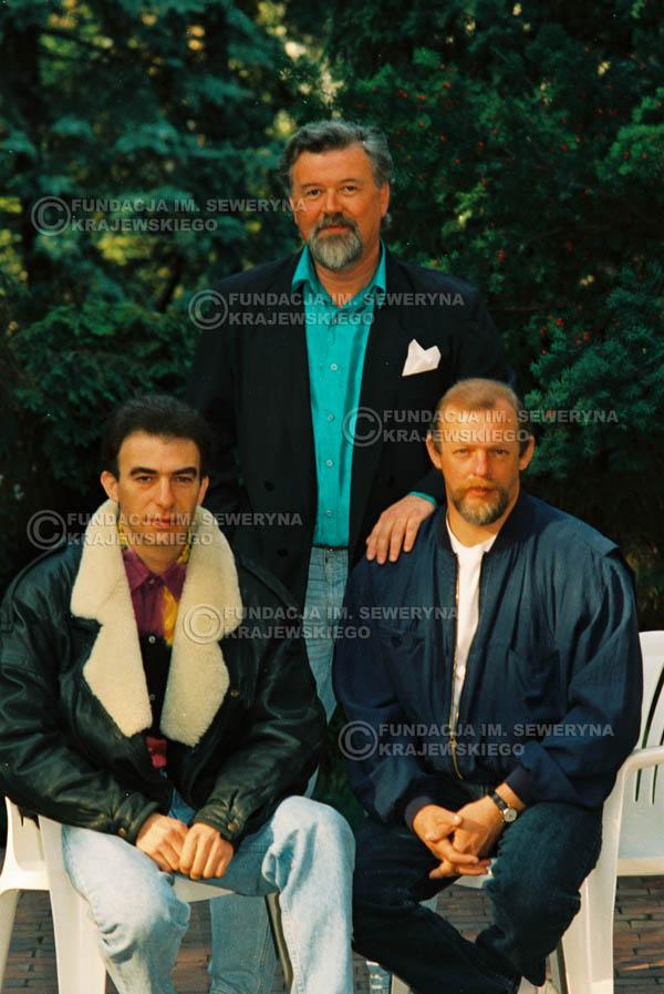 # 927 - 1991r. sesja zdjęciowa w Michalinie, Czerwone Gitary w składzie: Seweryn Krajewski, Bernard Dornowski, Jerzy Skrzypczyk
