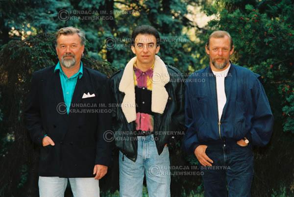 # 930 - 1991r. sesja zdjęciowa w Michalinie, Czerwone Gitary w składzie: Seweryn Krajewski, Bernard Dornowski, Jerzy Skrzypczyk