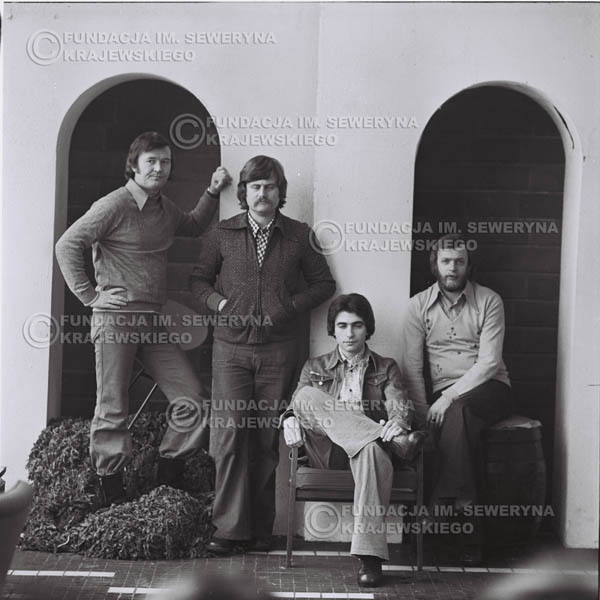 # 977 - 1975r. Od lewej: Bernard Dornowski, Ryszard Kaczmarek, Seweryn Krajewski, Jerzy Skrzypczyk