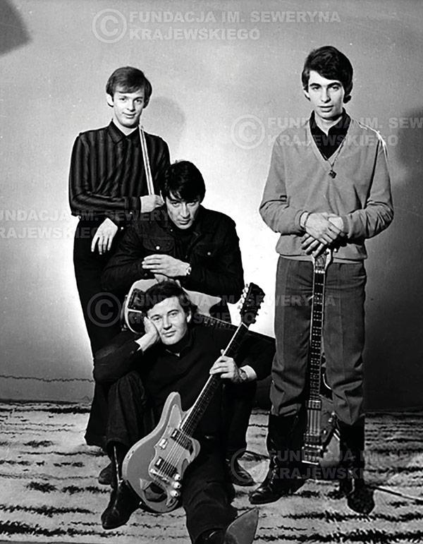 # 222 - Sesja zdjęciowa do okładki płyty pt: 'Czerwone Gitary 2' 1966r.